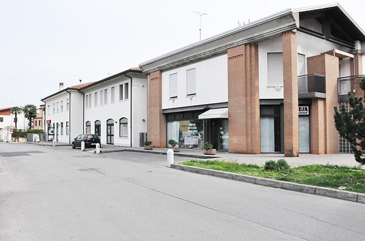 Negozio/Ufficio ristrutturato a Bassano del Grappa (VI)