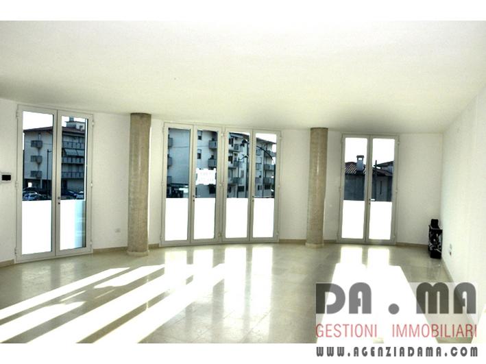 Ufficio nuovo a Rosà (VI)