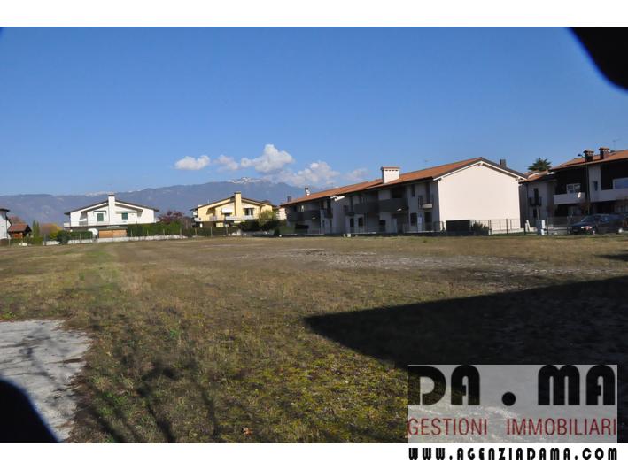 Terreno Edificabile a 600 mt. dal Municipio di Cassola (VI)