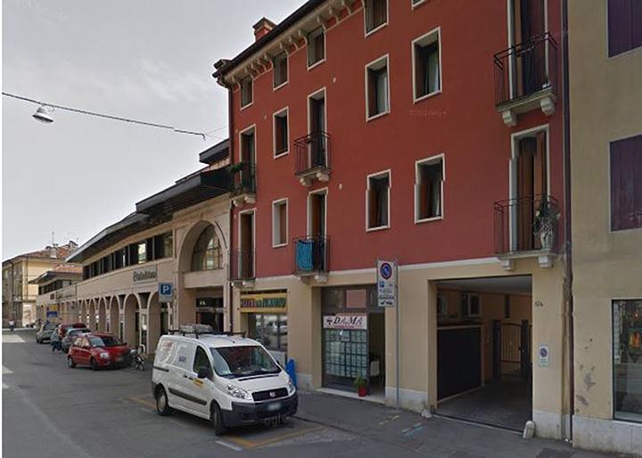 Negozio/Ufficio Ottima visibilità in Vicenza (VI) Corso Padova n.136