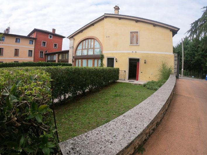 Splendido midi con giardino a Campedello (VI)